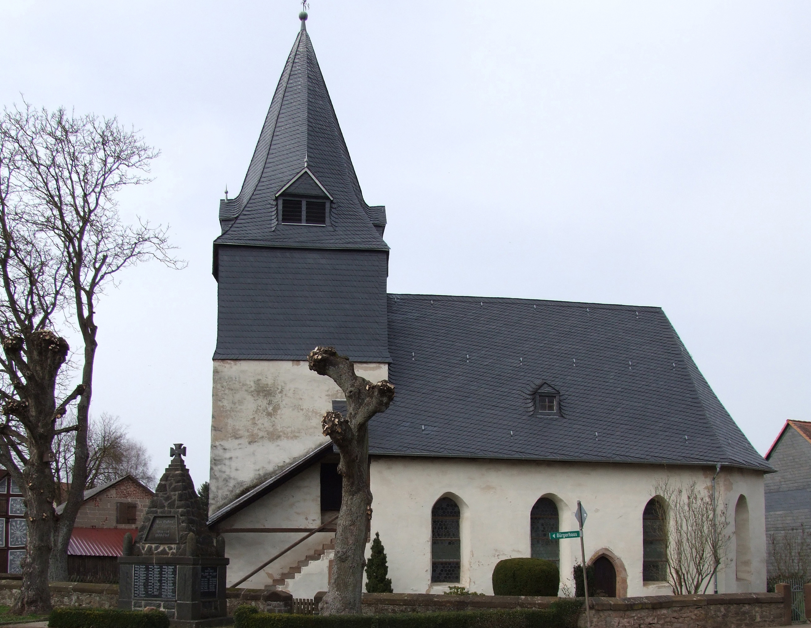 martin-luther-kirche-in-warzenbach